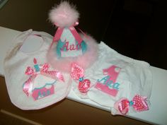 Items similar to Birthday Hat, Bib and Bloomers Set on Etsy 1st Birthday Hats, 1st Birthday Outfits, Trending Outfits, Handmade Gifts, Clothes, Etsy, Kid Craft Gifts, Outfits, Clothing