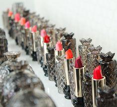Anna-Sui-Fall-2014-makeup_-lipstick-stars
