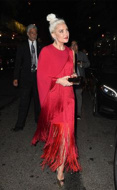 Kate Hudson from 2017 Met Gala After-Parties: ce que les étoiles portaient  L' actrice Deepwater Horizon a choisi de s'amuser avec marge pour son look après-fête.