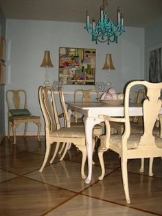 Painted Queen Anne Dining Room Table And Chairs | Furniture | Pinterest | Dining  Room Table, Queen Anne And Queens