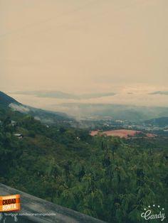 Nuestra Bucaramanga a la distancia, hermosa así desde donde se le mire. Gracias Carlos Saucedo (http://on.fb.me/1QPifmH) por la foto #bucaramangabonita