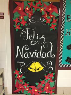 How to make the atmosphere stand out in the decoration of Christmas, there is no doubt that it is a place of decoration, there is a good choice: the door. Mexican Christmas Decorations, Christmas Door Decorating Contest, School Door Decorations, Xmas Decorations, Merry Christmas, Christmas Poinsettia, Christmas Classroom Door, Christmas Activities, Christmas Crafts