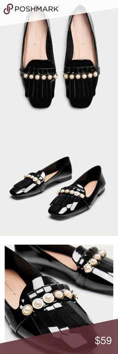 4283875601e7 Shop Women s Zara Black size 8 Flats   Loafers at a discounted price at  Poshmark. Description  Zara black patent loafers with pearl details.