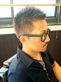 Men With Grey Hair, Mens Sunglasses, Hair Styles, Fashion, Moda, Hairdos, Men's Sunglasses, Fasion, Hairstyles
