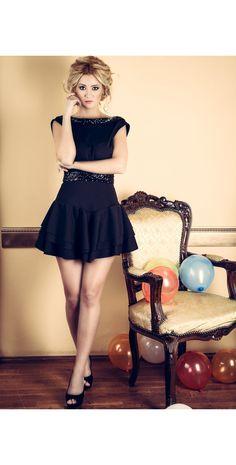 Etiquette Boutique Fashion Dress  Eveningdresses Luxury  Glam