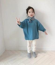 Cute Asian Babies, Cute Babies, Little Girl Fashion, Kids Fashion, Cute Little Things, My Baby Girl, Put On, Cute Kids, Little Girls