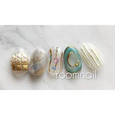 ネイルサロン roomさんはInstagramを利用しています:「おすすめ💅 セレクトネイル お好きな5本を選べるコース ーーーーーーーーーーーー ✔️ご予約は、プロフィール欄のご予約フォームより承っております🙌🏻ー ーーーー ーーーー ーーーー ーーーー ーーーー ーーーー ーーーー…」 Gel Toes, Gel Nails, Manicure, Office Nails, Kawaii Nail Art, Japanese Nails, Pretty Hands, Nail Decorations, Bling Nails