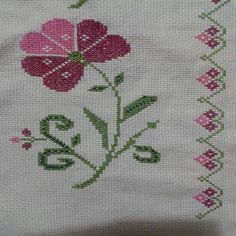 This Pin was discovered by Zey Cross Stitch Borders, Simple Cross Stitch, Cross Stitch Rose, Cross Stitch Flowers, Cross Stitch Charts, Cross Stitch Designs, Cross Stitch Patterns, Crochet Stitches, Embroidery Stitches