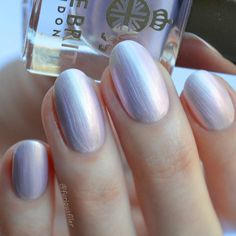 Best Nail Polish Colors – Find Out Must-Have Spring 2018 Trends! ★ See more: https://naildesignsjournal.com/best-nail-polish-colors-designs-trends/ #nails