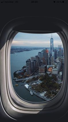 (notitle) - NYC - Women in Uniform City Aesthetic, Travel Aesthetic, Airplane Photography, City Photography, Ciudad New York, Travel Pictures, Travel Photos, Cute Love Wallpapers, New York City Travel