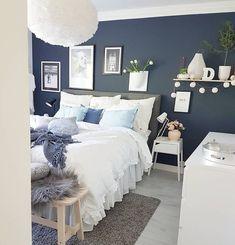 (notitle) - Future Home❤ - Bedroom Decor Blue Master Bedroom, White Bedroom, Dream Bedroom, Modern Bedroom, Spare Bedroom Ideas Grey, Grey Bedroom With Pop Of Color, Bedroom Color Schemes, Bedroom Colors, Room Decor Bedroom