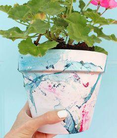 50+ Super Easy Affordable DIY Home Decor Ideas and Projects. Diy PlantersPlanter ... & DIY: Marbled Terra Cotta Pots | flower pots | Pinterest | Terra ...