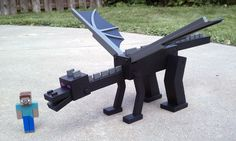 I make Minecraft action figures for my kids. For his birthday this year, my 8 year old got an Ender Dragon and a Ghast. - Imgur