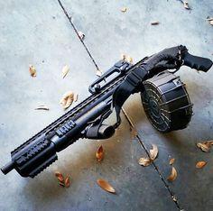 Shotgun, drum, shells, gun, guns, weapons, self defense, protection, shotgun, 2nd amendment, America, firearms, munitions #guns #weapons