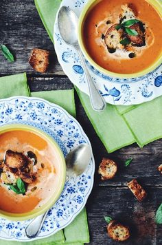 creamy roasted tomato and basil soup with parmesan croutons