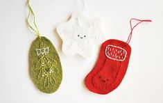 Embroidered Christmas Ornaments, Handmade Christmas Crafts, Christmas Ornaments To Make, Handmade Ornaments, Felt Ornaments, Handmade Crafts, Christmas Diy, Wild Olive, Softie Pattern