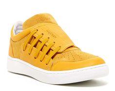 Alexander McQueen. PUMA. suede. Yellow Sneakers, Puma Sneakers, Shoes Sneakers, Footwear Shoes, Nike Leggings, Nike Fashion, Fashion Shoes, Sneakers Fashion, Pumas