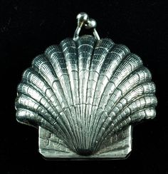 Vintage Sterling Silver Scallop Shell Pill Box
