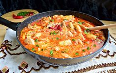 Romanian Food, Romanian Recipes, Cooking Recipes, Healthy Recipes, Healthy Food, Paella, Thai Red Curry, Food And Drink, Tasty