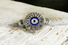 Eye Round Connector Rhodium plated with Rhinestone Crystals
