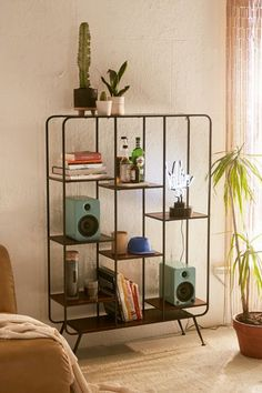 Retro home decor - Must read help. diy retro home decor living rooms example and advice ref 9612414353 imagined on this day 20190524 Retro Home Decor, Diy Home Decor, Simple Apartment Decor, Vintage Decor, Unique Home Decor, Unique Vintage, Rustic Decor, Modular Bookshelves, Modern Bookshelf