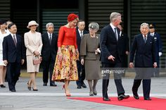 Belgium's King Philippe (2nd R) and Queen Mathilde (5th R) are escorted by Japan's Emperor Akihito (R) and Empress Michiko (3rd R) as Crown Prince Naruhito (2nd L) and Crown Princess Masako (3rd L) look on, during a welcoming ceremony at the Imperial Palace in Tokyo on October 11, 2016. The Belgian royal couple are on a six-day state visit to Japan that began on October 10. / AFP / POOL / ISSEI KATO        (Photo credit should read ISSEI KATO/AFP/Getty Images)