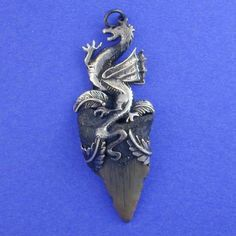Shining Moon Jewelry Gallery - Dragon Tooth Pendant II