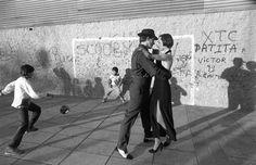 Pasiones argentinas - La Boca - Buenos Aires - Argentina.  Argentine passions - La Boca - Buenos Aires - Argentina Amalfi, Character, Buenos Aires, Street Photography, Barcelona Spain, B W Photos