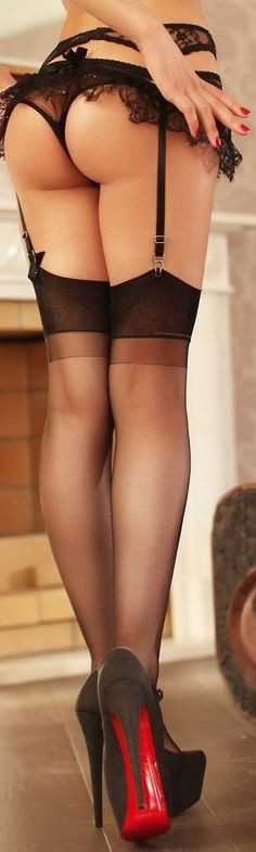 In Lacy Pantyhose Mastering Ass 48