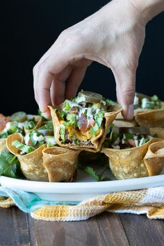 These Mexican taco cups are taken to the next level with layers of all the best toppings in one perfect little bowl. Youd never guess these crunchy taco cups are healthy! #veganmexicanfood #puretortillajoy #ad