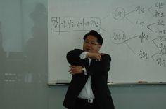 전천후강사육성과정 3주차 2014.5.24 - 강사의 움직임 퍼포먼스 실습 강의중인 김세우 대표님