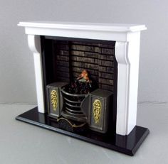 Dolls House Miniature Furniture White Wooden Fireplace with Fire in Range Grate