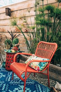 33 Gorgeous Bohemian Outdoor Patio Designs For Cozy Outdoor Space Idea Diy Outdoor Furniture, Outdoor Rooms, Garden Furniture, Outdoor Living, Outdoor Decor, Furniture Projects, Furniture Chairs, Garden Chairs, Painted Furniture