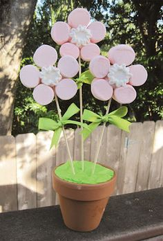 Fiestas con encanto: Brochetas de chuches: Tutorial flores rosas de nubes