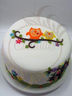 Owl cake - Caketutes Cake Designer
