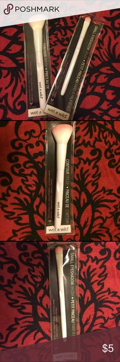 Contour/eyeshadow brush😻❣️ only 7 dollars each Awesome contour/eyeshadow brush, designed to fit the contours for sculpt and shape/picks up a heavy dose of eyeshadow💁🏻 •cruelty free, gluten free • designed ergonomic handle for total control. wet n wild Makeup Brushes & Tools