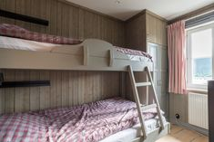 Sovrum 2. Mullfjället 2, lgh 598 - Bjurfors Bunk Beds, Furniture, Home Decor, Decoration Home, Double Bunk Beds, Room Decor, Home Furnishings, Bunk Bed, Arredamento