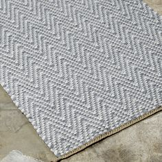 ANKI Rugs - Design AINO - This herringbone pattern is both traditional and contemporary. Herringbone Pattern, Handmade Rugs, Natural Materials, Macrame, Weaving, Traditional, Contemporary, Design, Home Decor