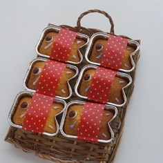 HMで焼くまで5分!100均カップアレンジで簡単こいのぼりカップケーキ♡子どもの日に|LIMIA (リミア) Child Day, Kawaii, Cute Food, Food Art, Sweet Recipes, Sweets, Cooking, Tube, Drink