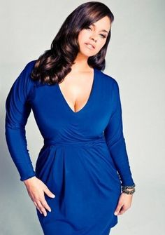 Plus size model Kaela Humphries. Love the make up 76331e2d4027