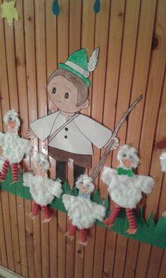 Circle Time Activities, Animal Crafts, November, Diy And Crafts, Kindergarten, Jar, Christmas Ornaments, Holiday Decor, Creative