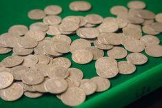 Die VIA GmbH bietet auf ihrem Online-Shop regelmäßig Münzen und Medaillen aus der ganzen Welt an. Shops, Vienna, Auction, Personalized Items, The World, Tents, Retail, Retail Stores