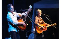Blue Rodeo taking a well-deserved place in Canada's cultural history