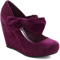 Rules of the Bowed Wedge in Plum ($45) ❤ liked on Polyvore featuring shoes, heels, wedges, purple, bow, elastic shoes, purple wedge shoes, plum shoes, ankle wrap shoes and ankle tie shoes