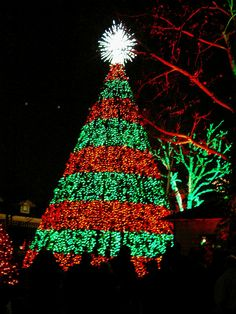 silver dollar city at christmasthis 5 story special effects christmas tree in