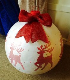 Christmas bauble made from yoga ball .... Massive ❤️