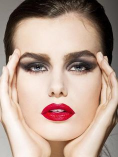 Fall Makeup Trend: The Emphasized Eye