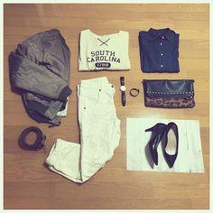m1h0_i✴︎ fashion / 28.2.18 記録として 結構前の #coordinate 日付が遡ってしまいました; 白ボトムを履くと絶対汚すんですが、それでも好きです笑 ・ shirt #UNIQLO bag #aquagirl shoes #POOLSIDE cap #globalwork other #Ungrid ・ ・ #今日のコーデ #ootd #コーディネート #fashion #コーデ #置き画 #置き画くら部  #プチプラコーデ #ファッション #ユニクロ