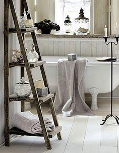 love the latter shelf in the bath