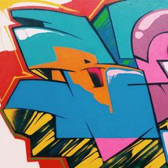 More details of the work, place and artist: http://streetartrio.com.br/artista/blopa-artistas/compartilhado-por-__blopa-em-mar-20-2015-1253/ /  #arte #details #favela #freehand #freestyle #graffiti #graffitilovers #graffitirj #graffrio #hiphop #instagrafite #letters #likeforfollow #likeforlike #loveletters #mtn #rap #riodejaneiro #rjvandal #rua #spray #sprayart #street #streetart #streetartrio #vscocam #wildstyle #wildstylegraffiti #streetphotography #buildinggraffiti #graffitiart #art…